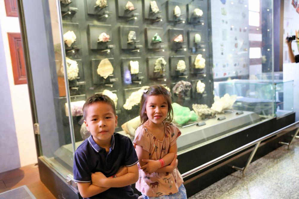 Team-Curious-Geology-museum-Bandung