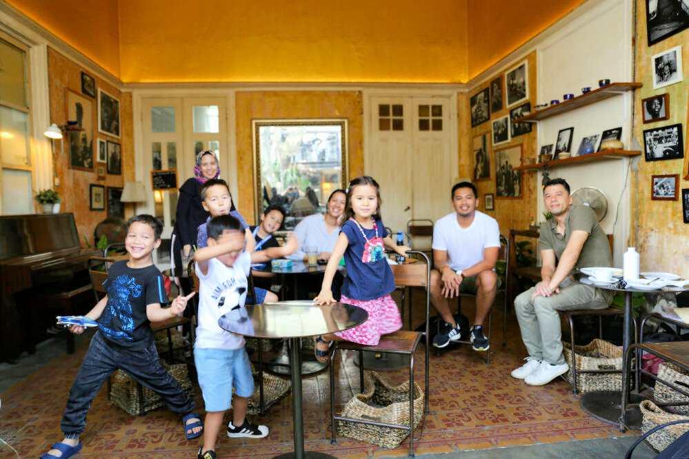 Team-Curious-Spadaa-Koffie-Bandung