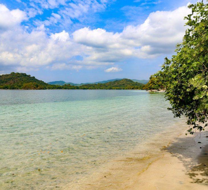 Pearl Resort Gili Asahan Team Curious